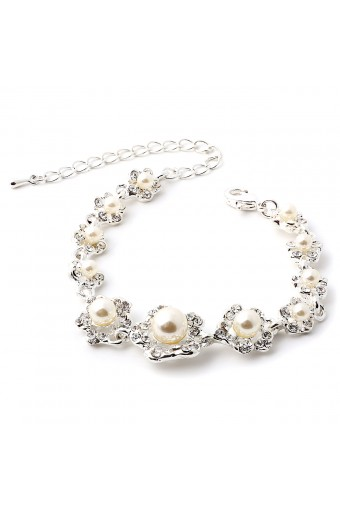 Silver Crystal Rhinestone in Flower Shape with Whte Pearl Inserts Bracelet